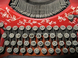 oldfashioned-typewriter